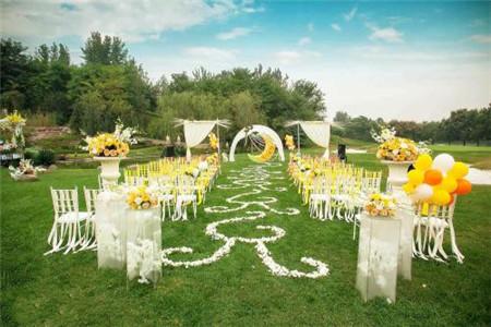 郑州草坪婚礼
