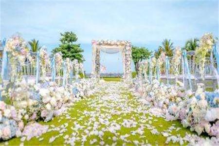 重庆草坪婚礼 婚礼价格