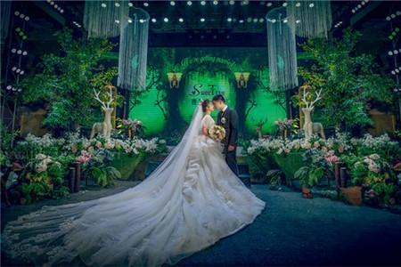 成都草坪婚礼 婚礼筹备