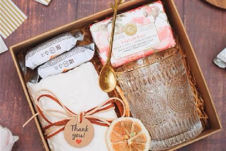 婚礼伴手礼搭配——手工皂,毛巾