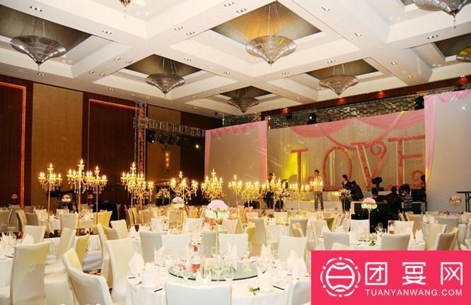 首座万丽酒店婚宴图片