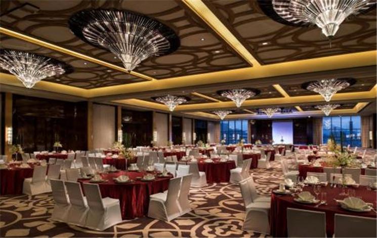 皇冠假日酒店婚宴图片