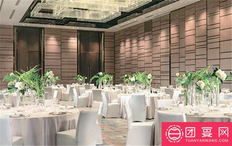 金茂万丽酒店婚宴图片