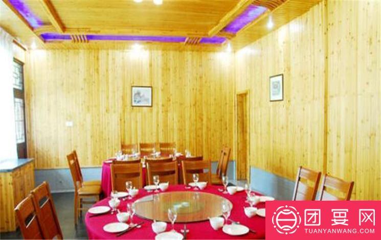 碧雪湖生态农庄婚宴图片