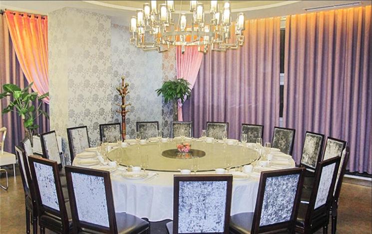 7080CBD餐厅婚宴图片