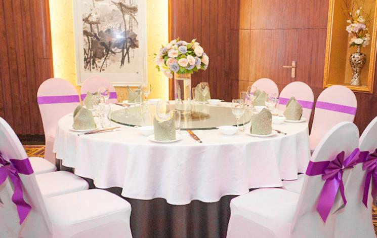东华假日酒店鲁粤轩婚宴图片